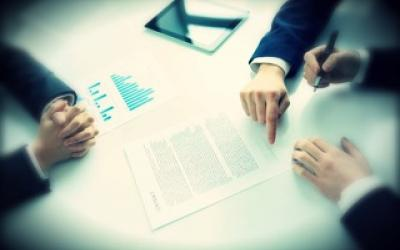 """Aplicación de las """"cláusulas sorprendentes"""" a las cláusulas suelo en contratos con no consumidores"""